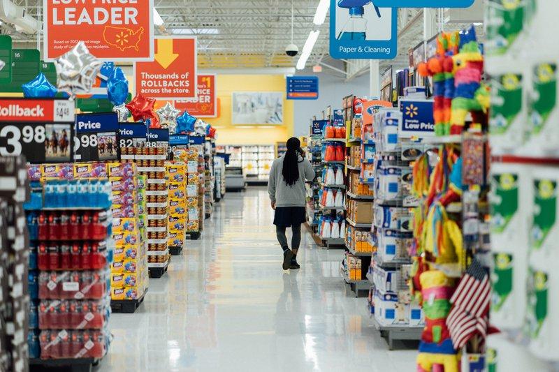 Excellence Industries How to Increase Merchandising Sales by Understanding Buyer Behaviors