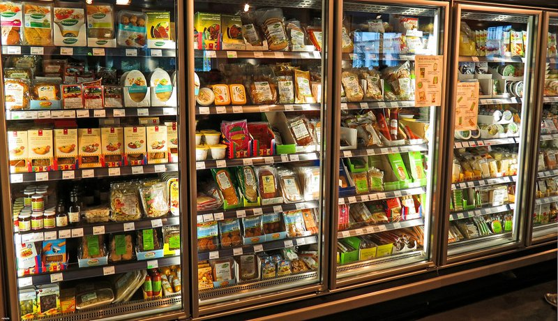 Excellence Industries How to Choose the Right Products for Food Service & Grocery Stores